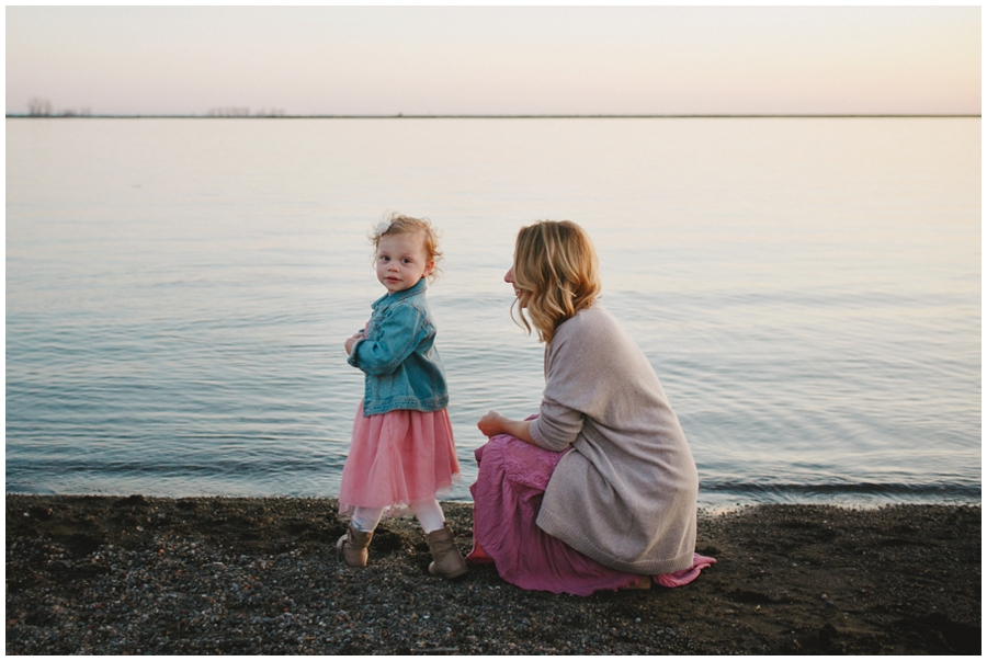 family_photos_by_Buffalo_waterfront_0037
