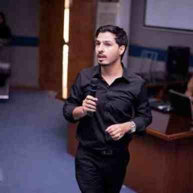 mustafa Ahmedzai Popular Bloggers 2019
