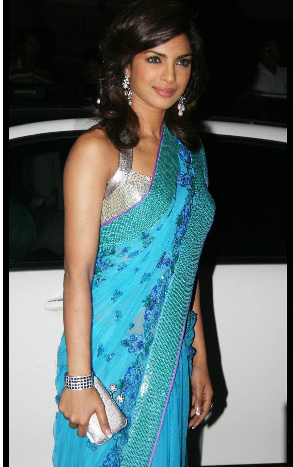 Priyanka Chopra Sleeveless Saree