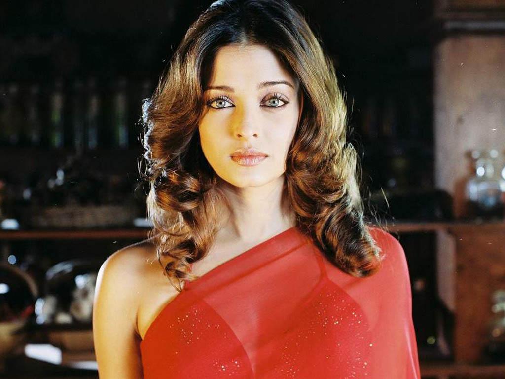 Aishwarya Rai Short Curly Hair
