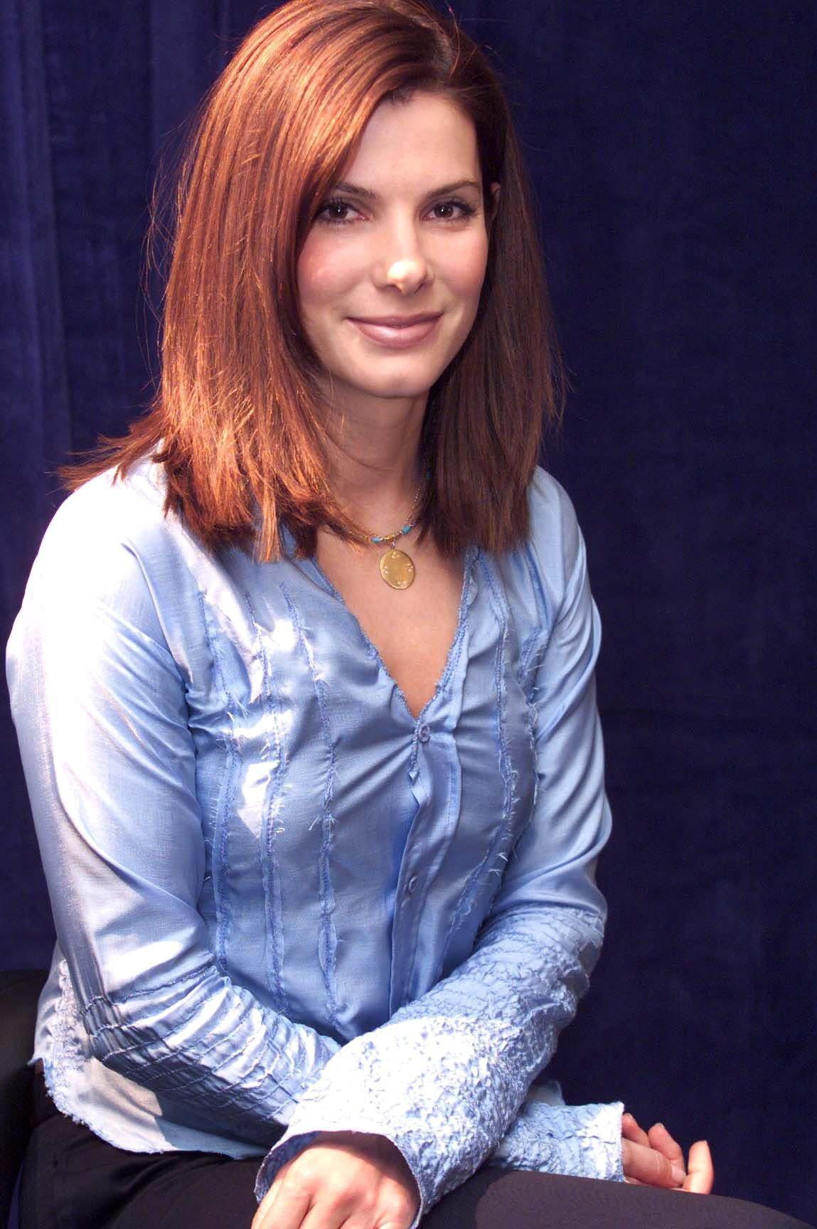 Sandra Bullock Short Bob Haircut