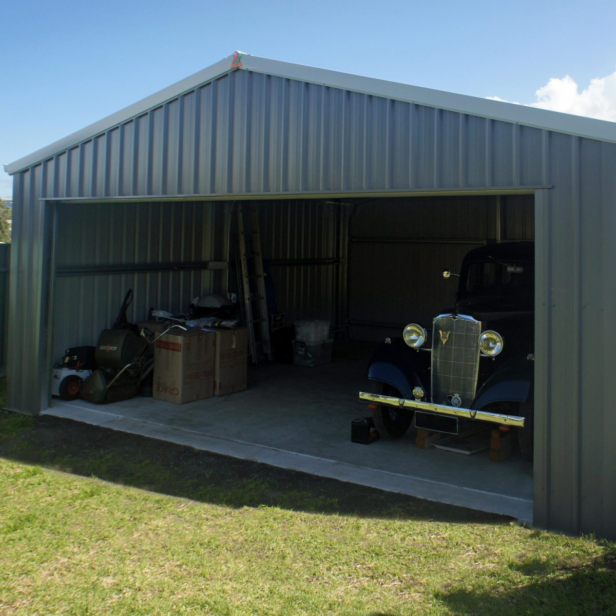 A classic shed for a classic car!