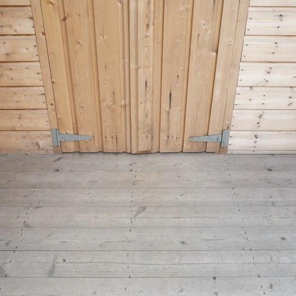 Chalet Floor
