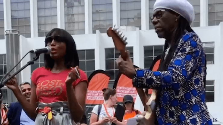 Nile Rodgers Folami International Busking Day Lost In Disco T-shirt