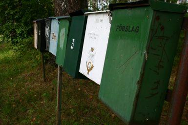 In Halleförs gibt es auch mal Briefkästen für das Nirgendwo