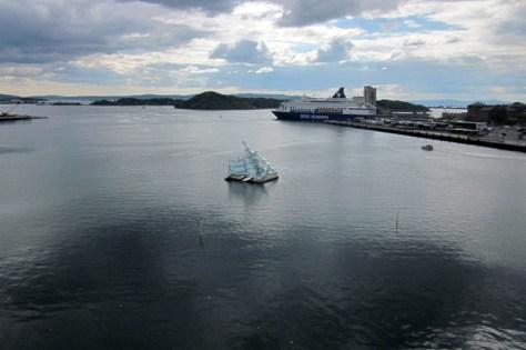 """Das """"Eismeer"""" von Caspar David Friedrich als Installation im Atlantik"""
