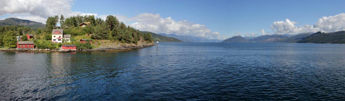 Fährüberfahrt über den Hardangerfjord
