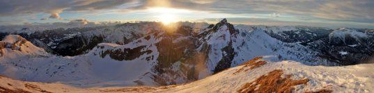 Gipfelpanorama von der Seekarlspitze (2.261m)