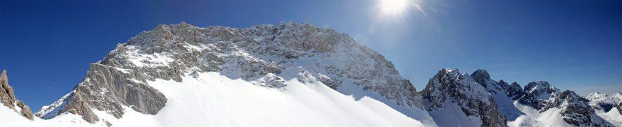 Panorama mit Grünsteinscharte rechts