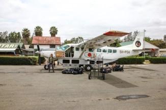Am Flughafen Arusha steigen wir in eine andere Cessna nach Sansibar