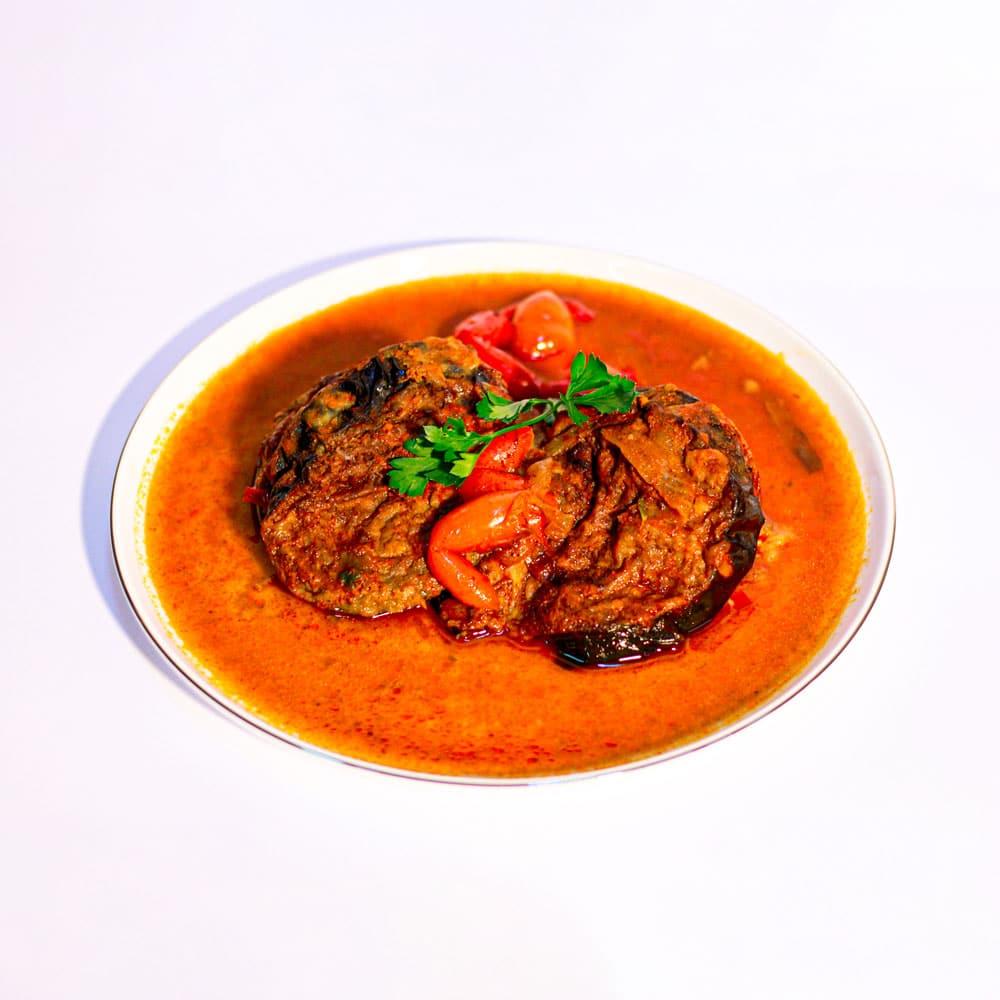 חציל ממולא בשר ברוטב עגבניות