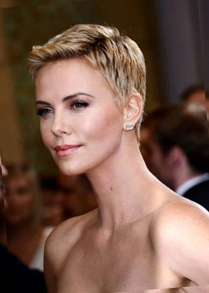 15 Good Square Face Hairstyles For Women SheIdeas