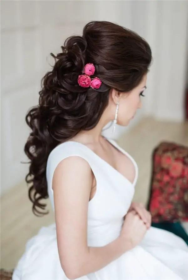20 Awe Inspiring Engagement Hairstyles SheIdeas