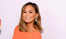 Chrissy Teigen Will Never Make These Luna Candy Bars Ever Again