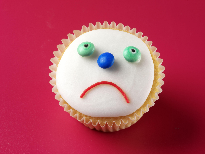 Happy Birthday Loser Cake Misspelling Goes Viral Sheknows