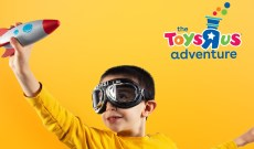 "Two Toys ""R"" Us Adventure Pop-Ups Will Be Here Just in Time for the Holidays"
