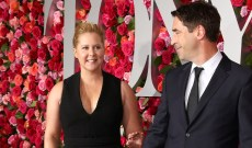 Amy Schumer's Ex-Boyfriend Just Revealed He (Currently) Lives With Her & Her Husband