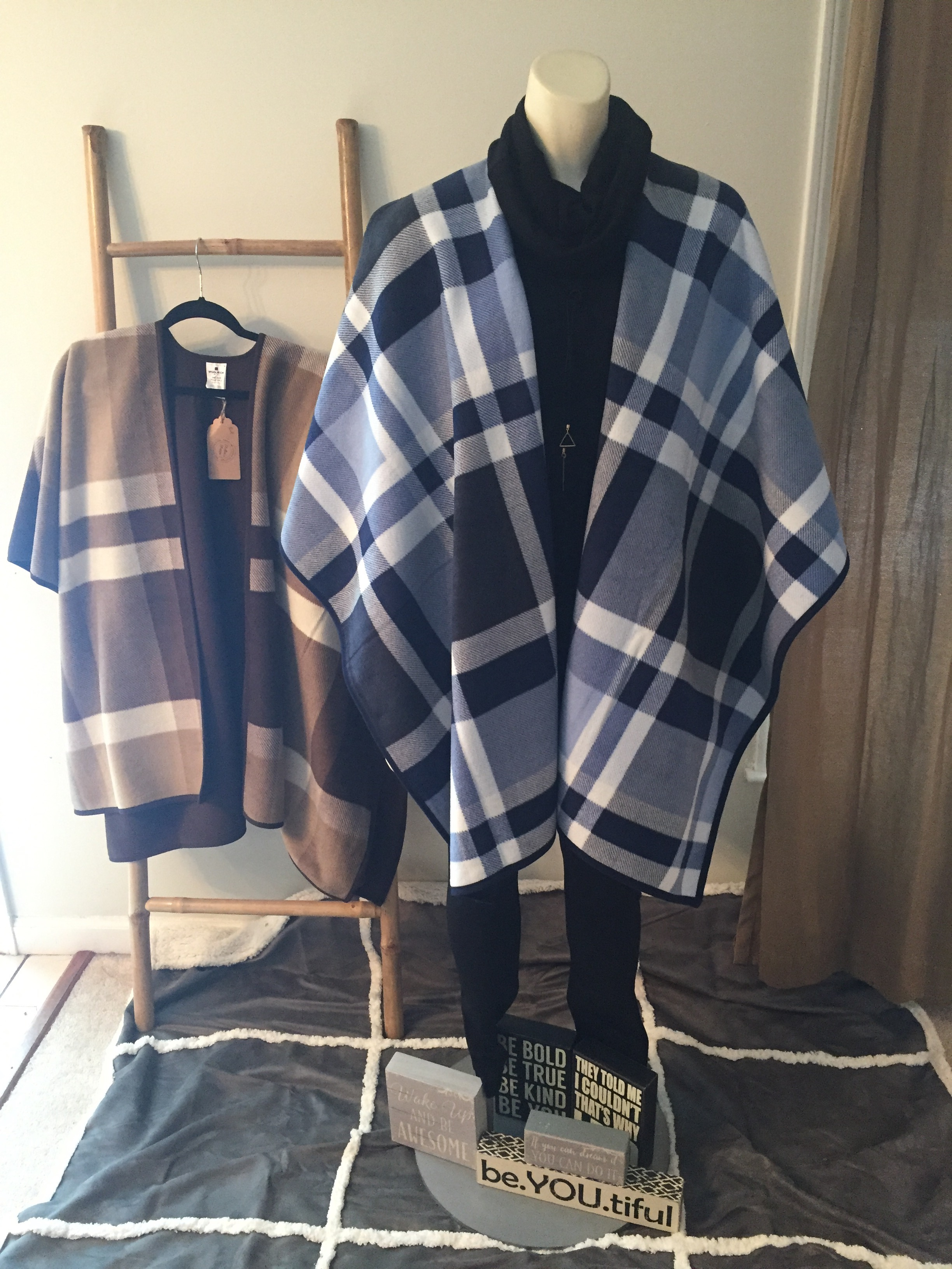 Reversible Lightweight Fleece Plaid Ruana