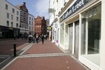 Closed shops on Grafton Street in May of last year. Commercial property consultants CBRE reports retail vacancy levels contracted on the capital's prime shopping street over the last six month period from 10.8% to 7.5% in Q1 2014