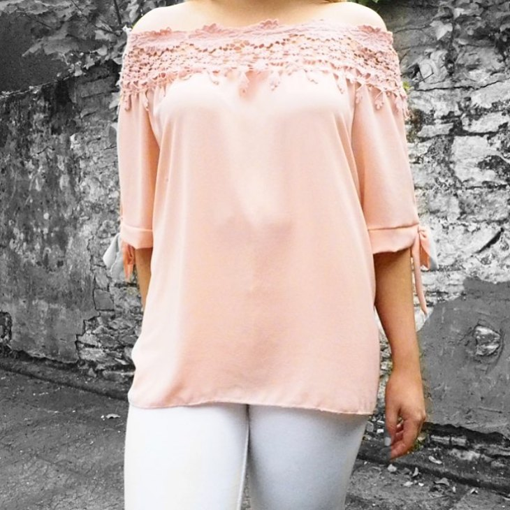 This top from vavavoomie so comfy and looks amazing thehellip