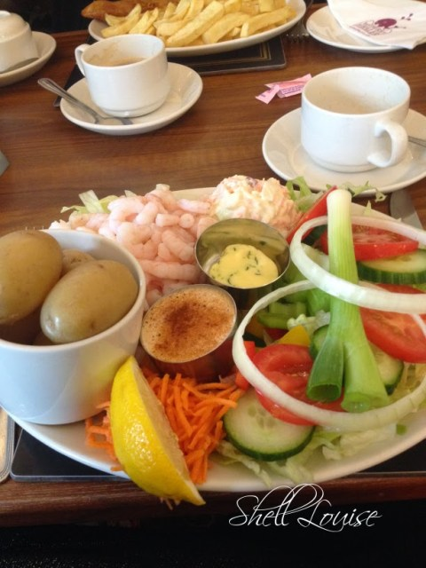 My day in photos -  prawn salad at the Wetherby Whaler