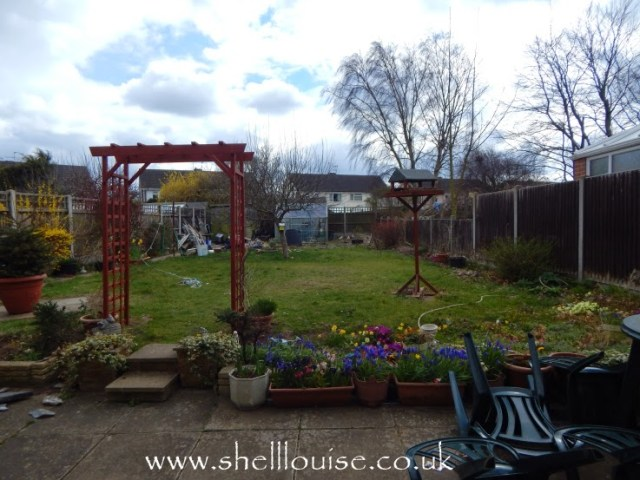 Garden arch is up
