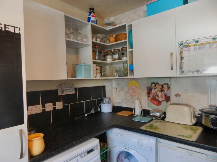 new-floor-in-kitchen-02
