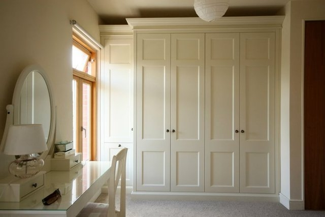 iwardobe made-to-measure fitted wardrobe cream