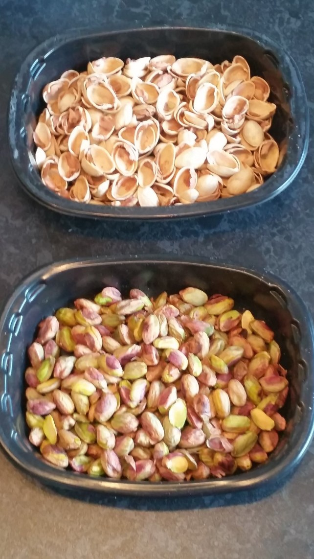 pistachios for the roulade