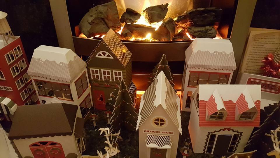papercraft-christmas-village-02