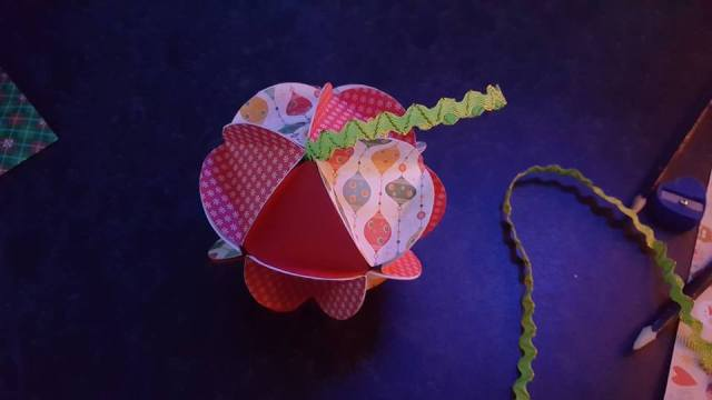 paper ball Christmas tree ornament