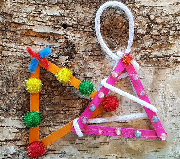 lolly stick Christmas tree