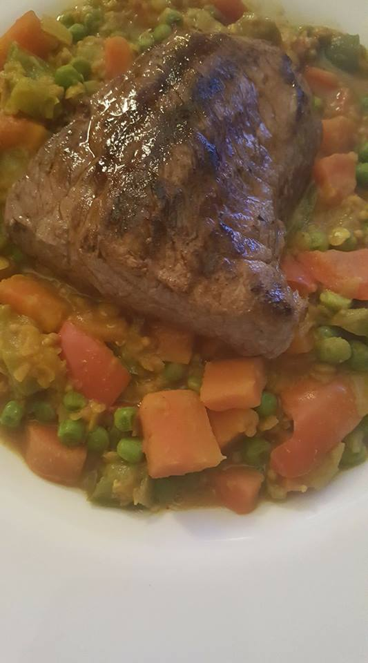 Slimming World carrot, pepper and pea dhal