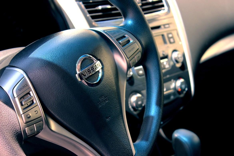 car steering wheel adult learner driver