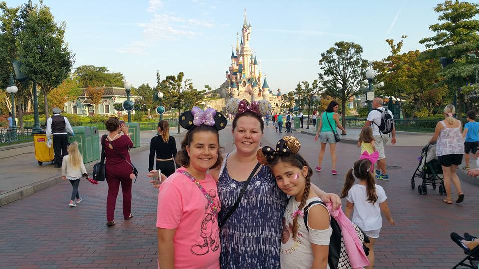 Kellyann, Kaycee and Ella - Disneyland Paris Photos