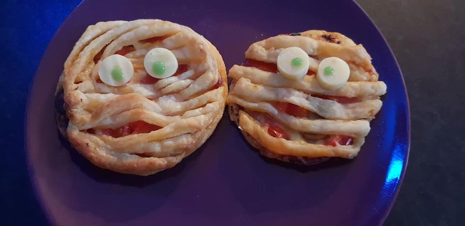 Mummy Pizza Pies