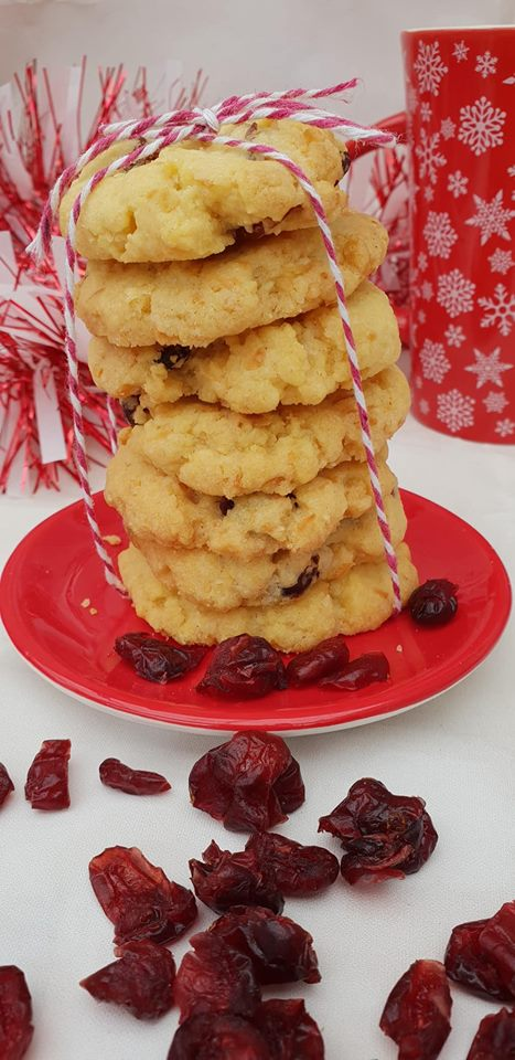 Cranberry and coconut cookies