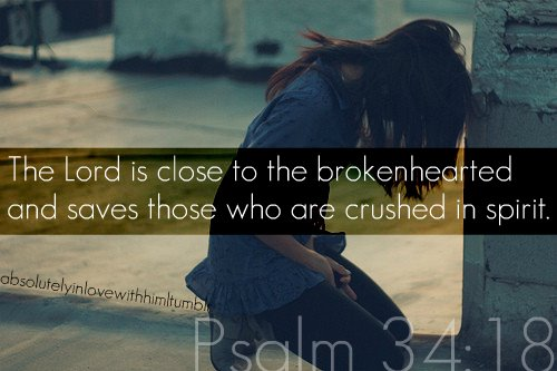 https://i2.wp.com/www.shellyduffer.com/wp-content/uploads/2013/05/the-lord-is-close-to-the-brokenhearted.jpgw620.jpg
