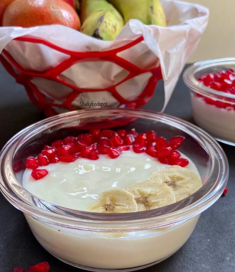 Eggless fruit vanilla custard