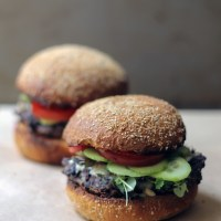 Veggie burgers with melted tahini