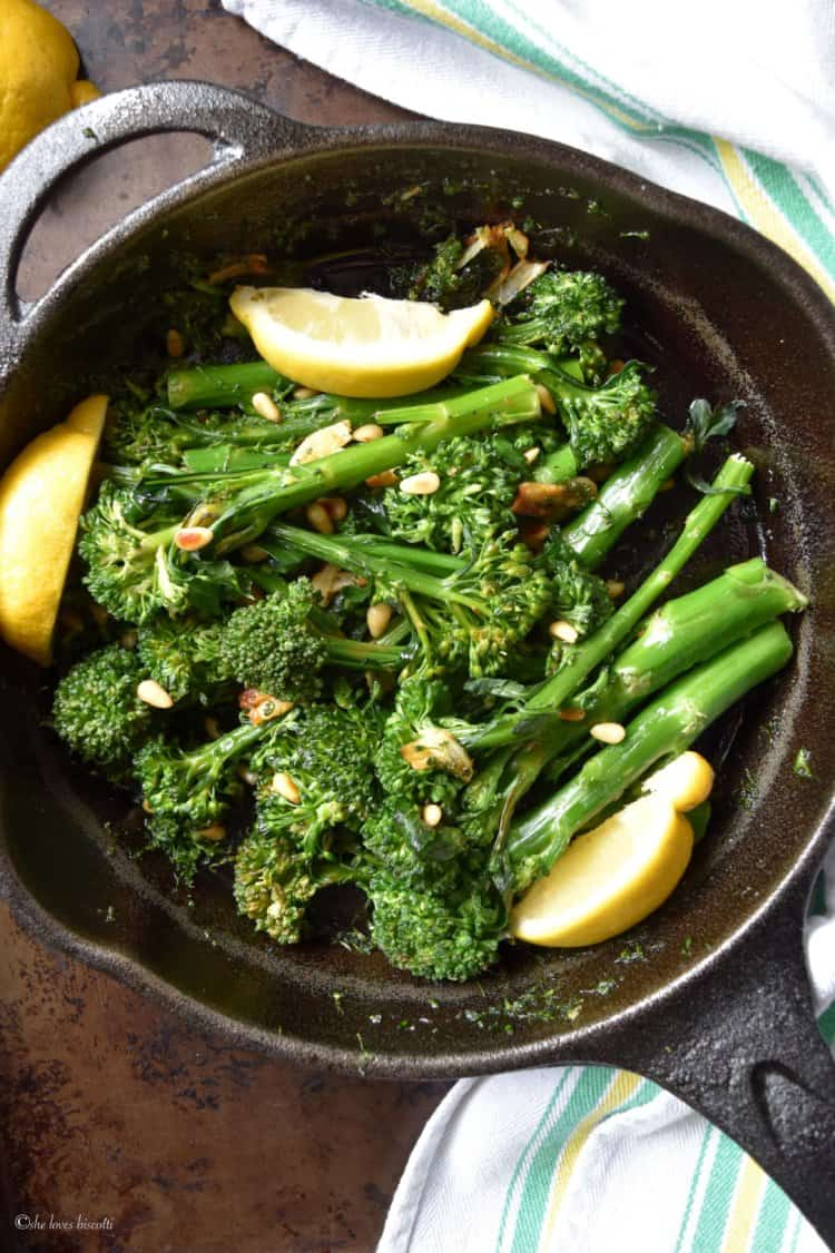 A picture of the Easy Garlicky Sauteed Broccolini from the top.