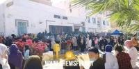 القيروان: اكتظاظ وتدافع كبير أمام مقر البريد بعد تلقي معلومات حول توزيع مساعدات العيد