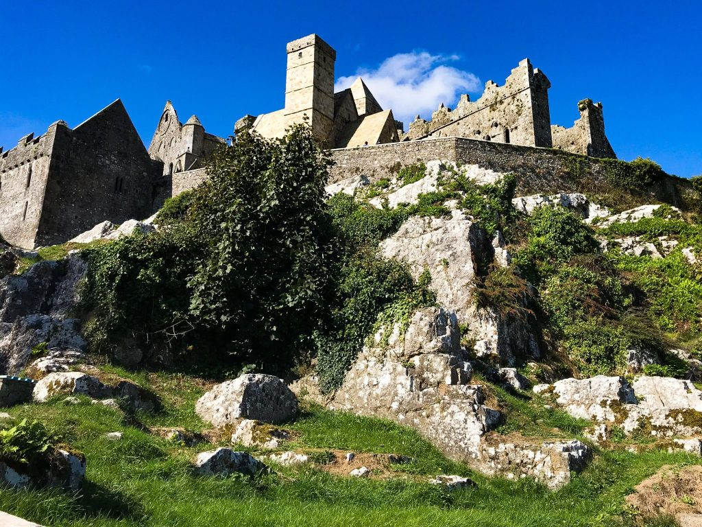 ireland-road-trip-itinerary-rock-of-cashel-fortress