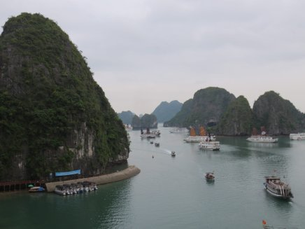 trip ha long bay boats vietnam
