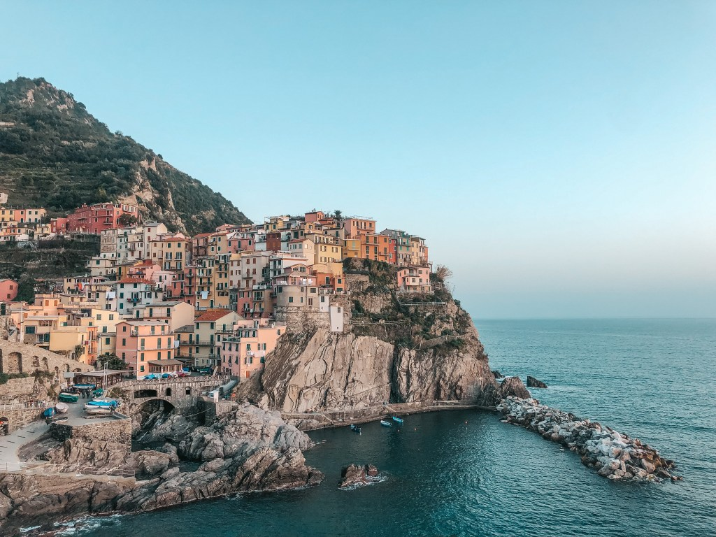 colorful buildings in manarola cinque terre italy