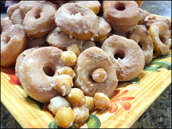 Donuts   She Paused 4 Thought