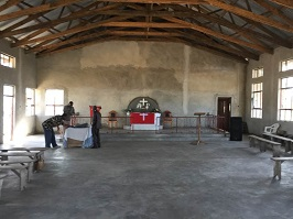 new-church-building-inside-tanzana-10-2016-266x200
