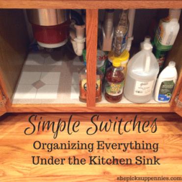 Easy Kitchen Organization Trick   shepicksuppennies.com