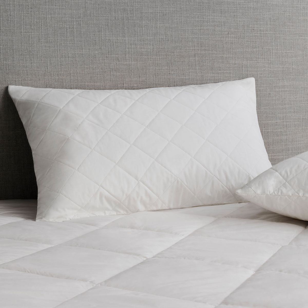 ultracool cotton quilted pillow protector