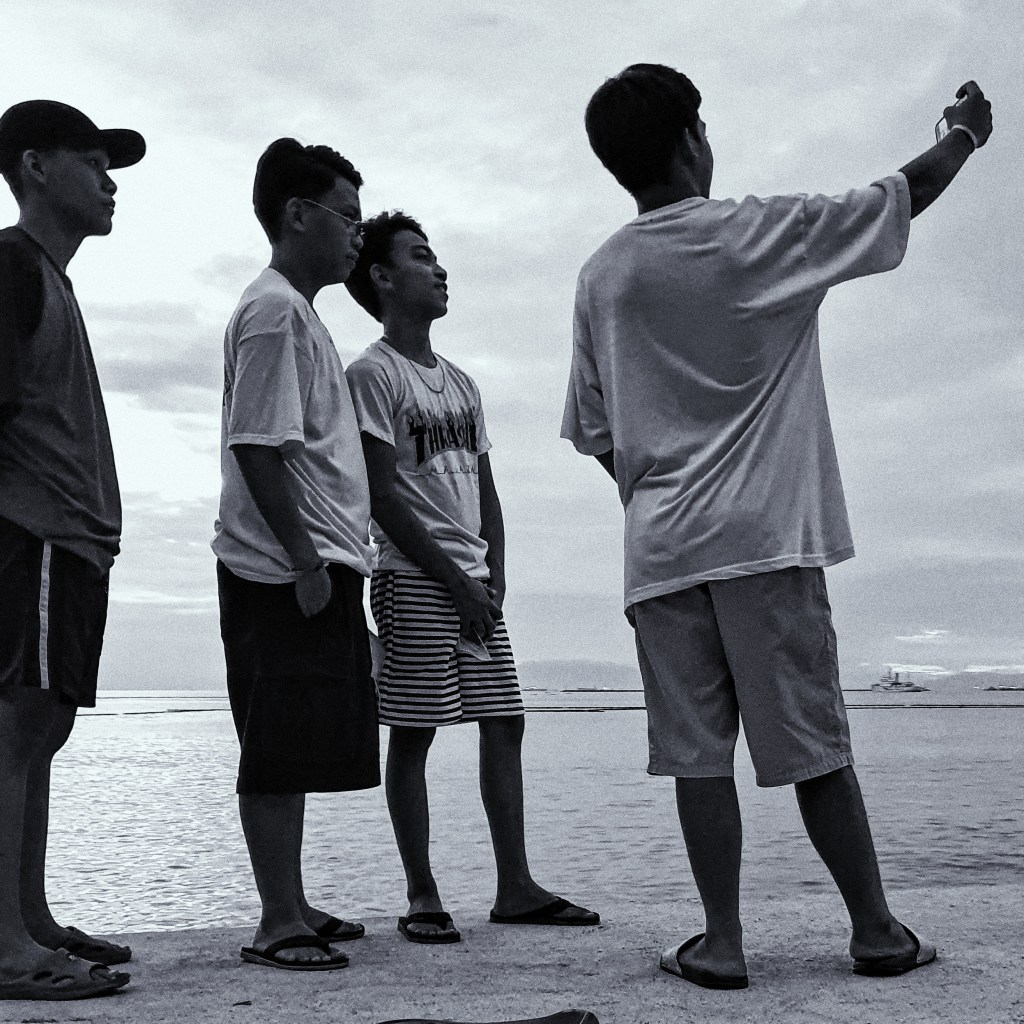 Street Photography in Manila, Philippines - Boys Having a Selfie
